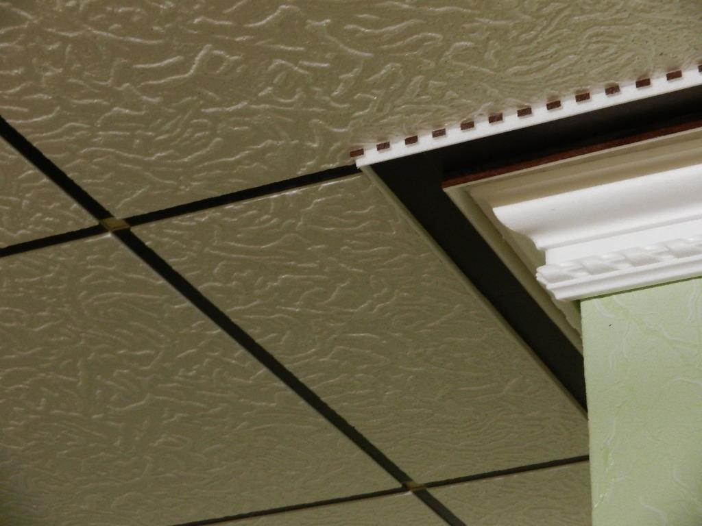 07 Декоративное оформление потолка и светильника. Дизайнер Алексей Епишин.